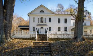 Take the Full Tour of this Stunning 18th Century Virginia Mansion—That You Can Rent