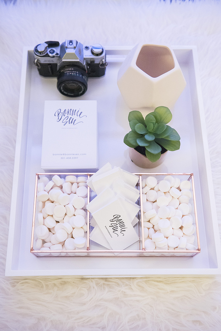 Bonnie Sen Photography set up this elegant and simple display at her booth.