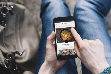 Uber Launches Full-Time Food Delivery With UberEATS App