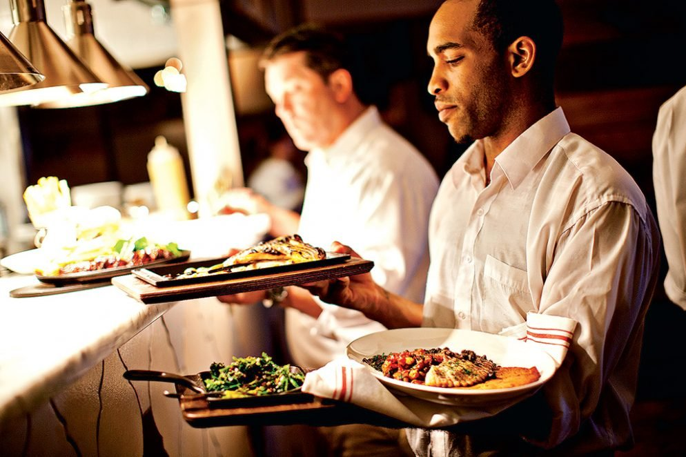 Uber for Restaurant Hiring: A New Service Offers Servers and Cooks On Demand