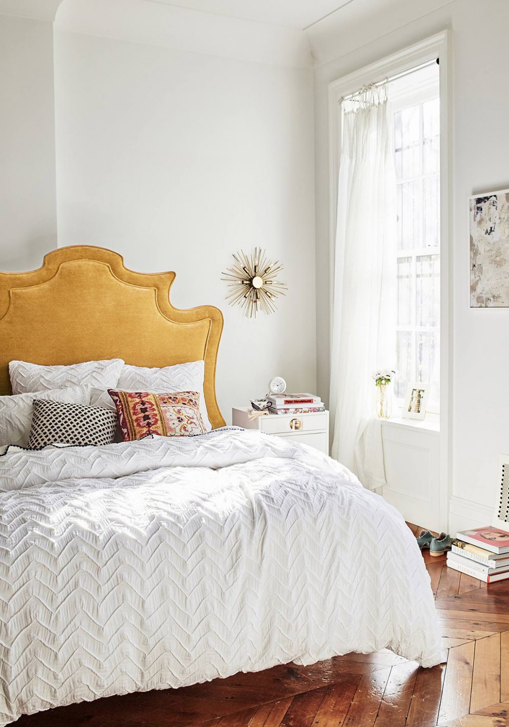 11 dc stores where youu0027ll find gorgeous bedding linens and pillows for your bedroom