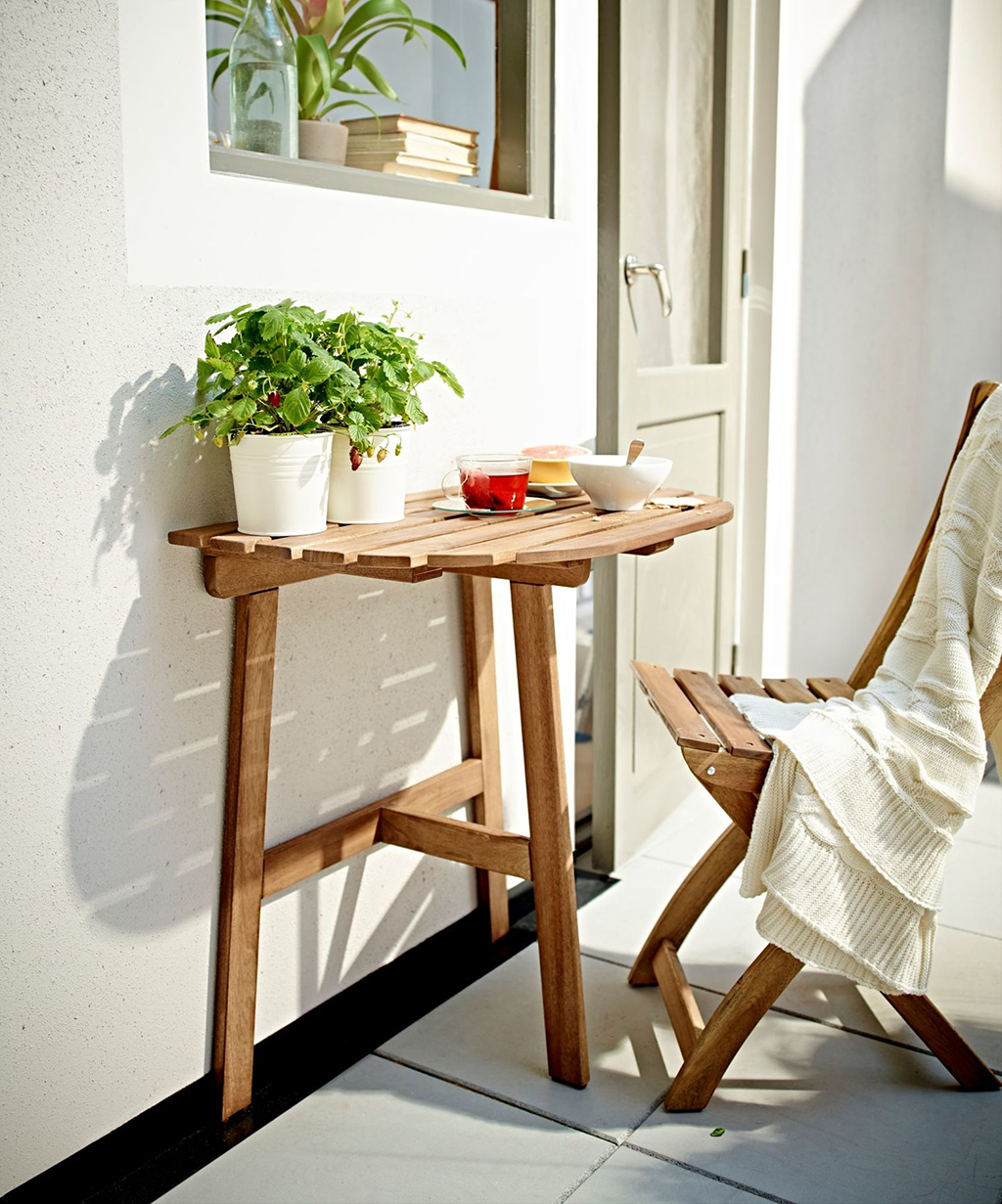 7 Outdoor Bistro Sets For Your Teeny Tiny Balcony Patio