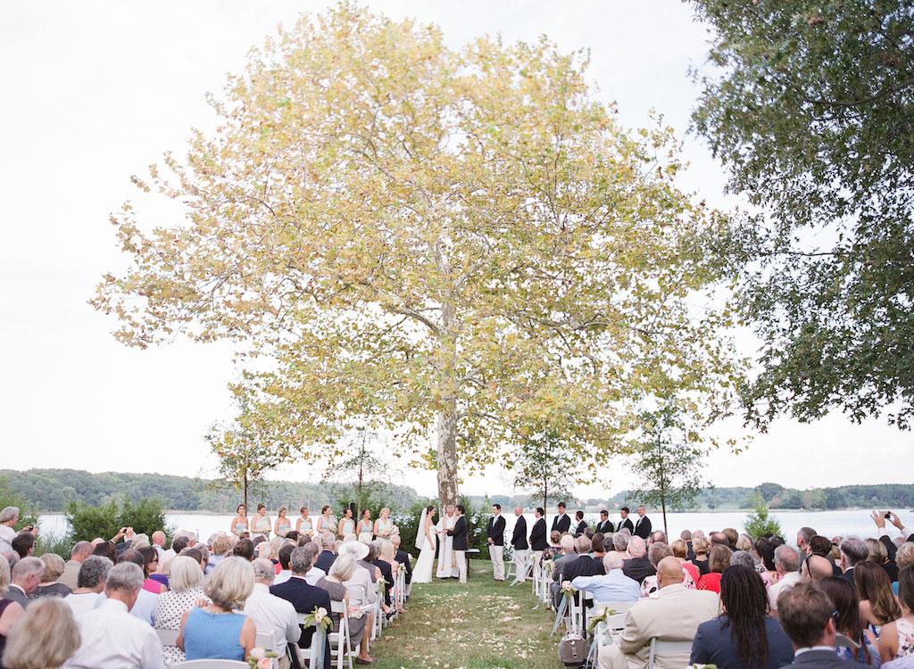 4-20-16-preppy-eastern-shore-tent-wedding-6
