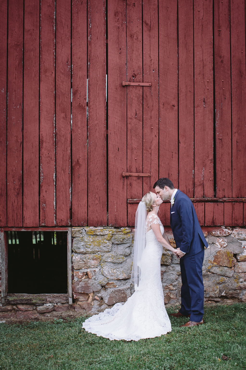 4-25-16-rustic-chic-pink-wedding-culpeper-virginia-8