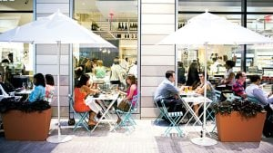8 Great Places in Penn Quarter to Eat and Drink Outside