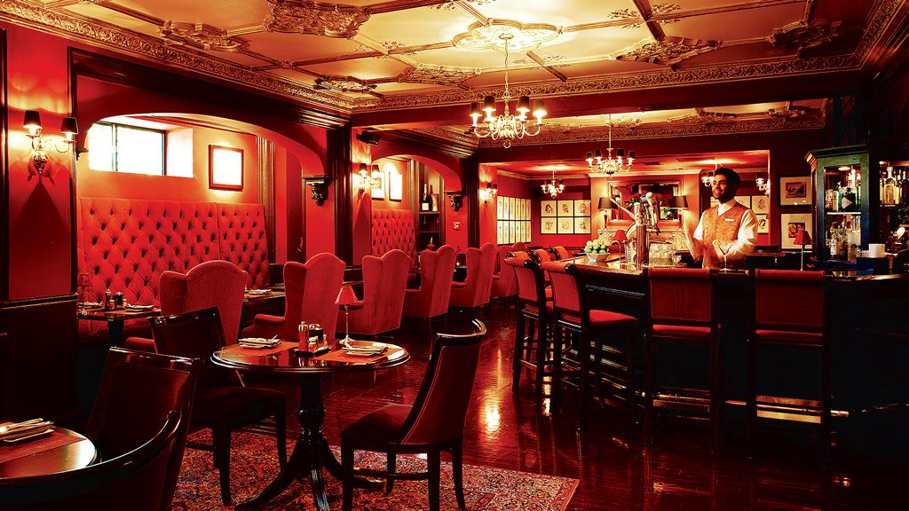 capitol hill, places to drink in downtown dc Off the Record, inside downtown DC's Hay-Adams, is the quintessential old-school hotel bar. Photograph courtesy of the Hay-Adams.