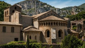 Spend Your Next Vacation in the South of France Like a Local