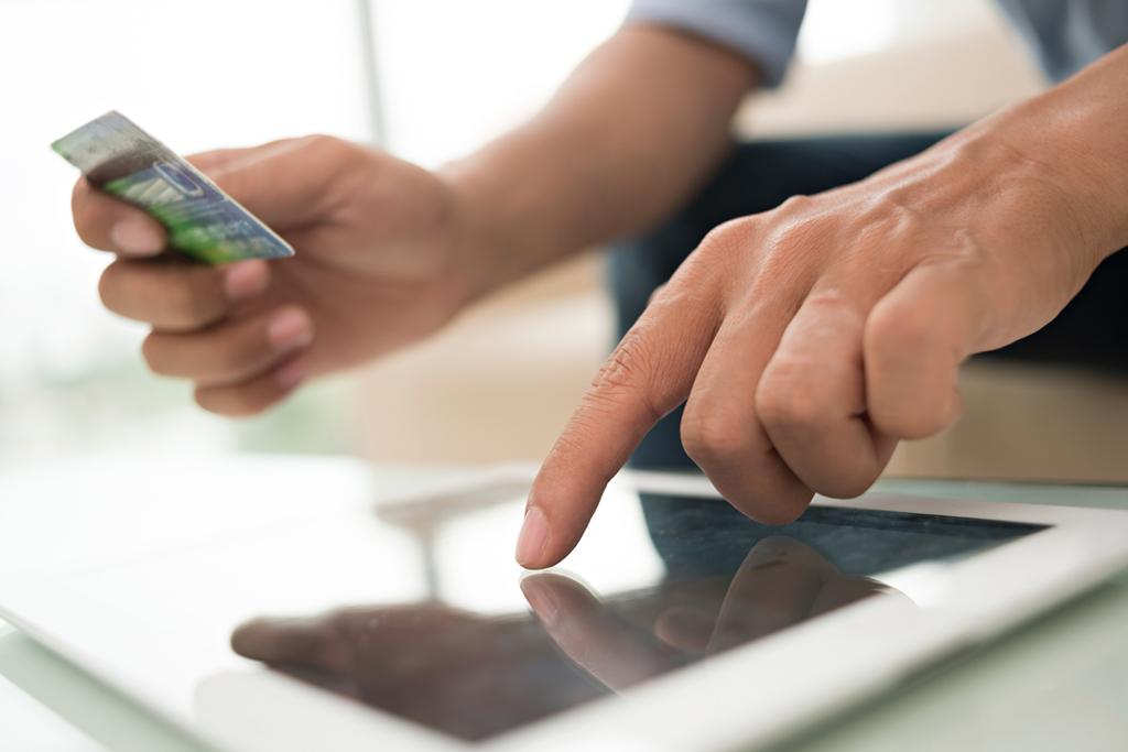 how to save money. savingmoney-tips-financial-advice_automaticpayments