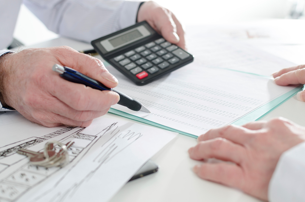 how to save money. savingmoney-tips-financial-advice_homemortgagestaxwriteoffs