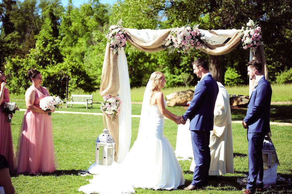 5-2-16-pink-wedding-horse-country-salamander-resort-5