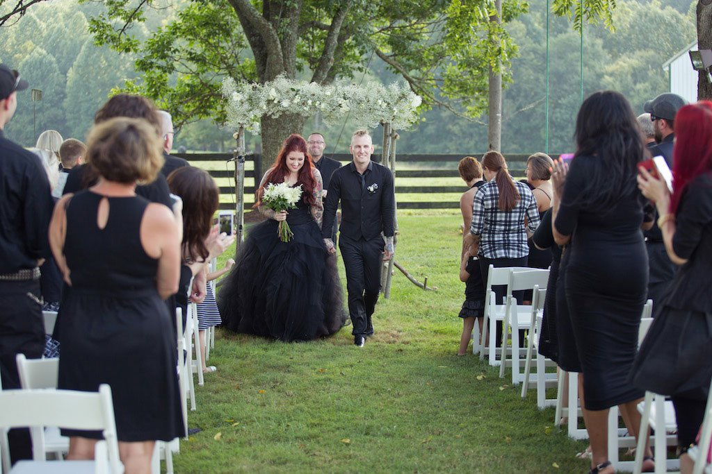 5-6-16-dark-antique-wedding-culpeper-virginia-9