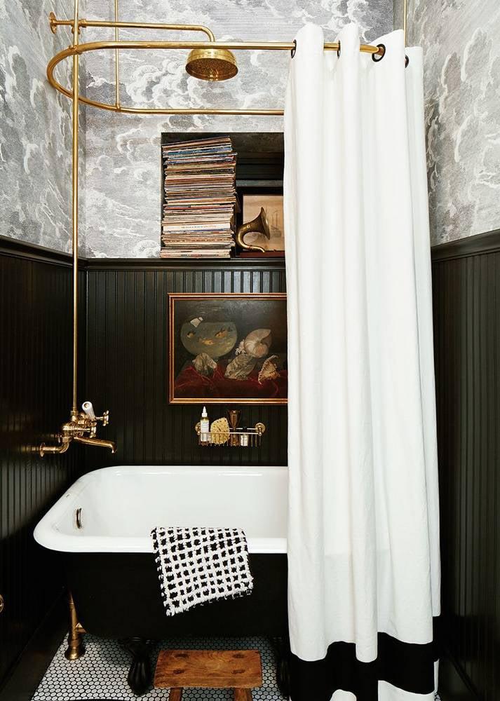 bathroom decor accessories city-chic-bathroom-decor-spring-style