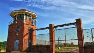 You Can Run a Race Through an Old Prison in Virginia This Weekend