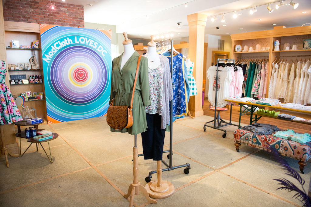 6-10-16-modcloth-irl-pop-up-georgetown-4