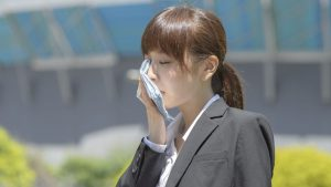 How to Avoid Being a Hot, Sweaty Mess Every Day at Work This Summer