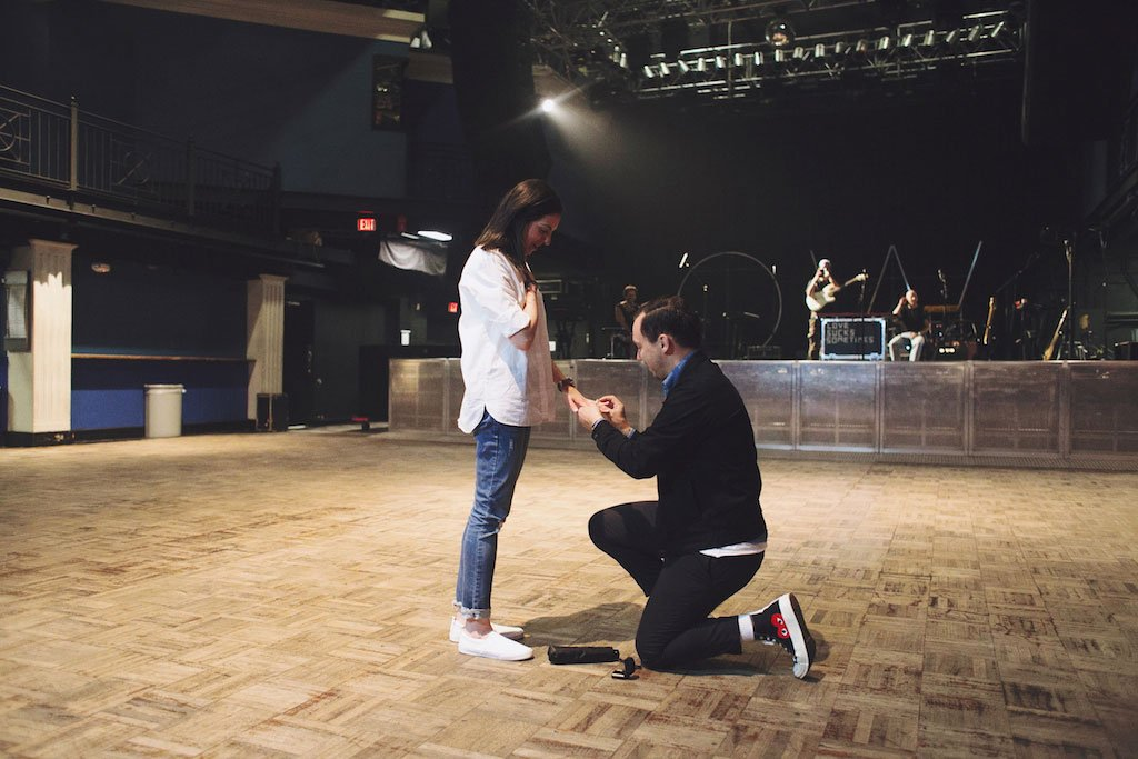 6-27-16-carl-diane-lany-930-club-surprise-proposal-4