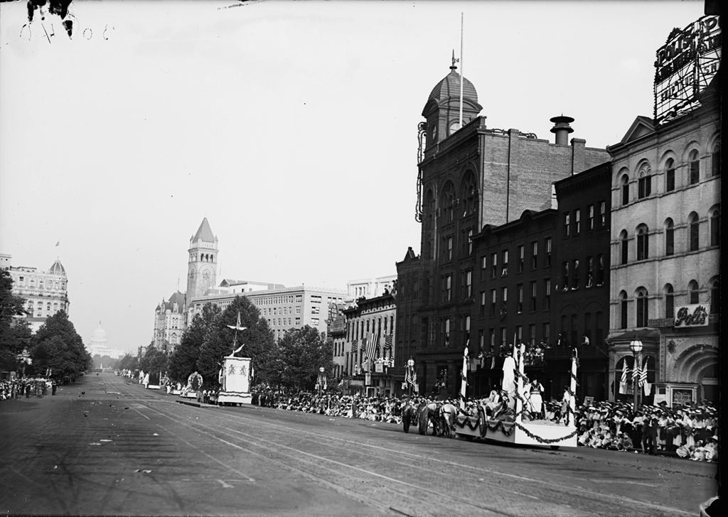 Fourth of July parade on Pennsylvania Ave. in 1919. Photograph via Harris & Ewing Collection (Library of Congress).