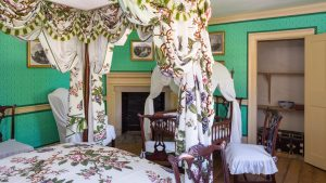 These Before and After Photos of George Washington's House Will Make You Believe in Wallpaper