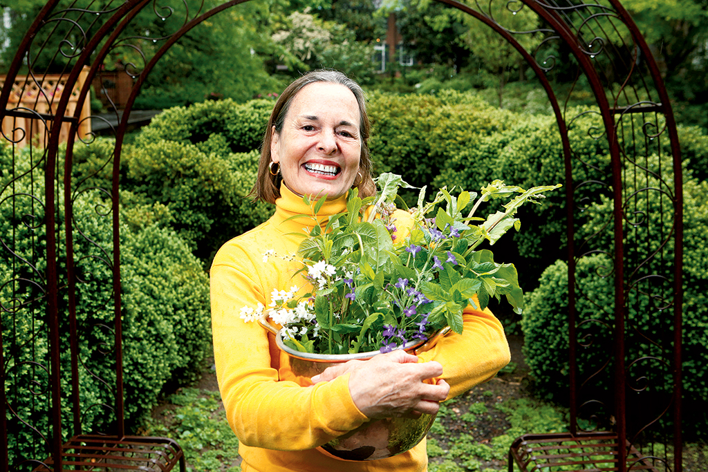 Chris Coppola Leibner in her Woodley Park garden. Photograph by Evy Mages.