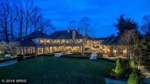 These Are the 10 Most Expensive Homes For Sale in Washington Right Now