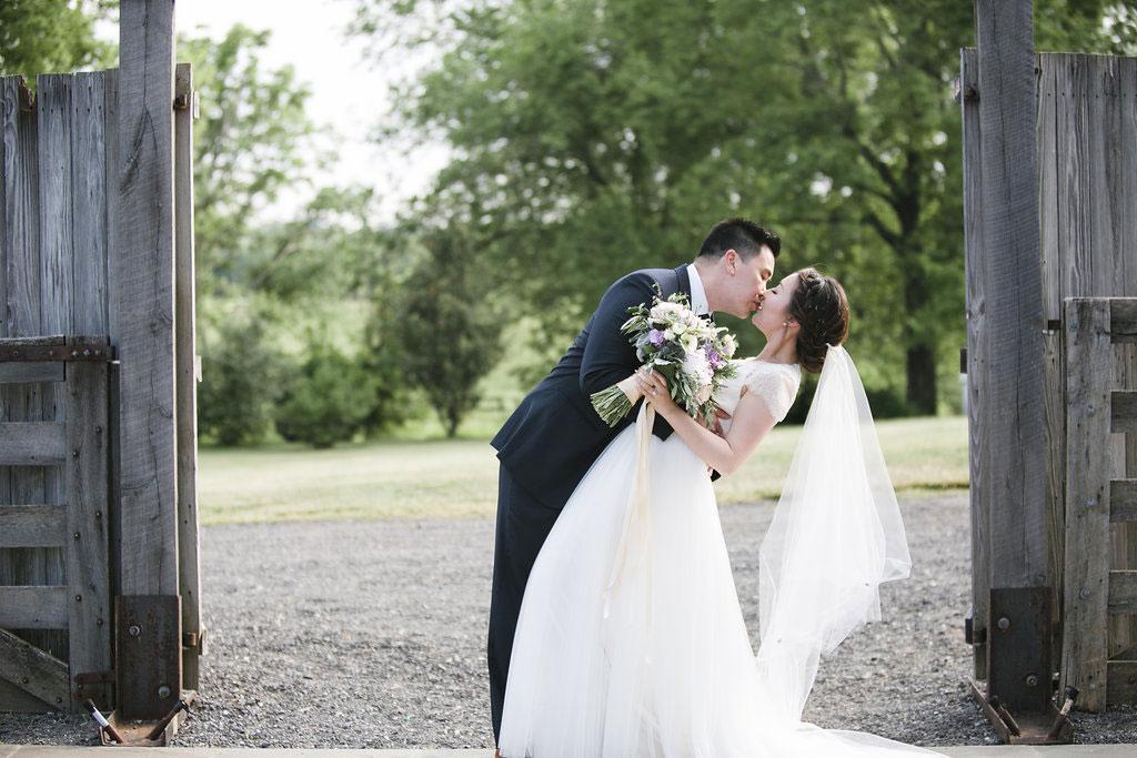 7-18-16-rustic-farm-wedding-leesburg-virginia-10