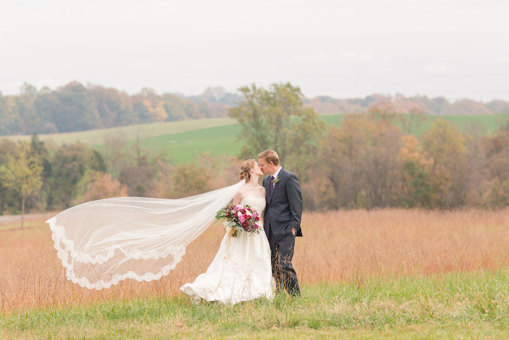 7-21-16-berry-red-virginia-farm-wedding-13