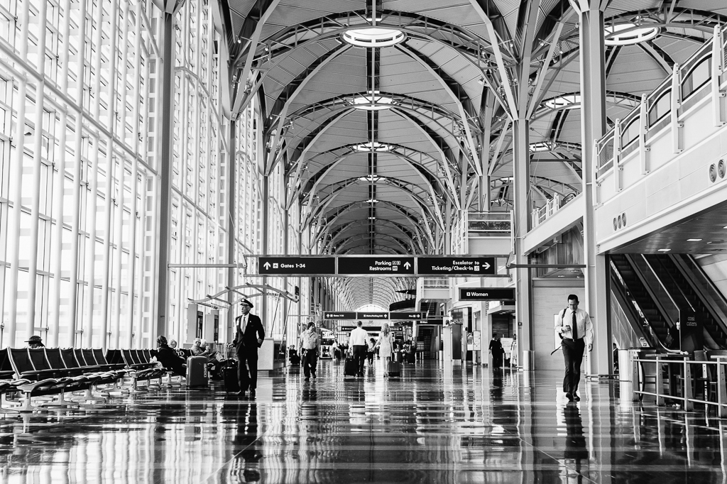 7-28-16-reagan-national-airport-engagement-photos-1