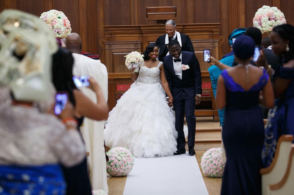 7-29-16-glam-pink-wedding-national-museum-women-arts-dc-4