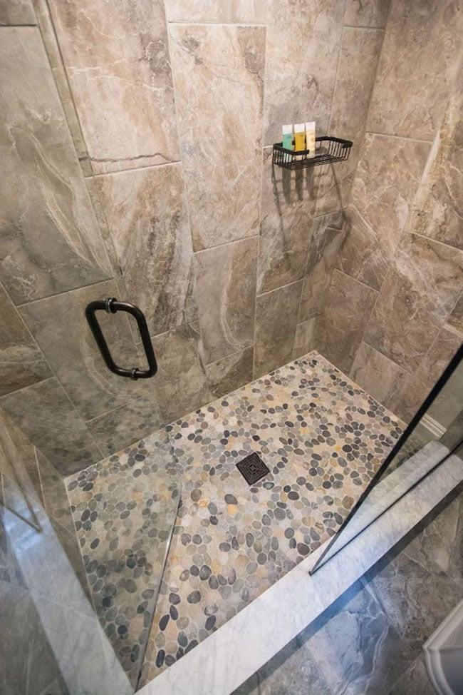 Best Tile Bathroom 2