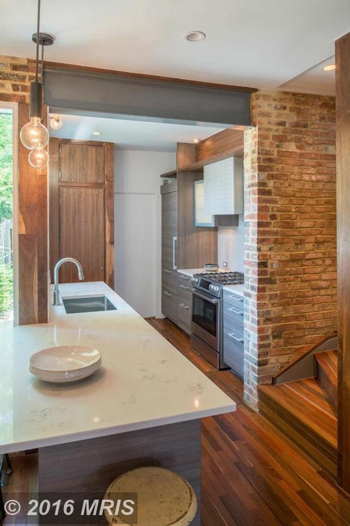 kitchen alexandria row house