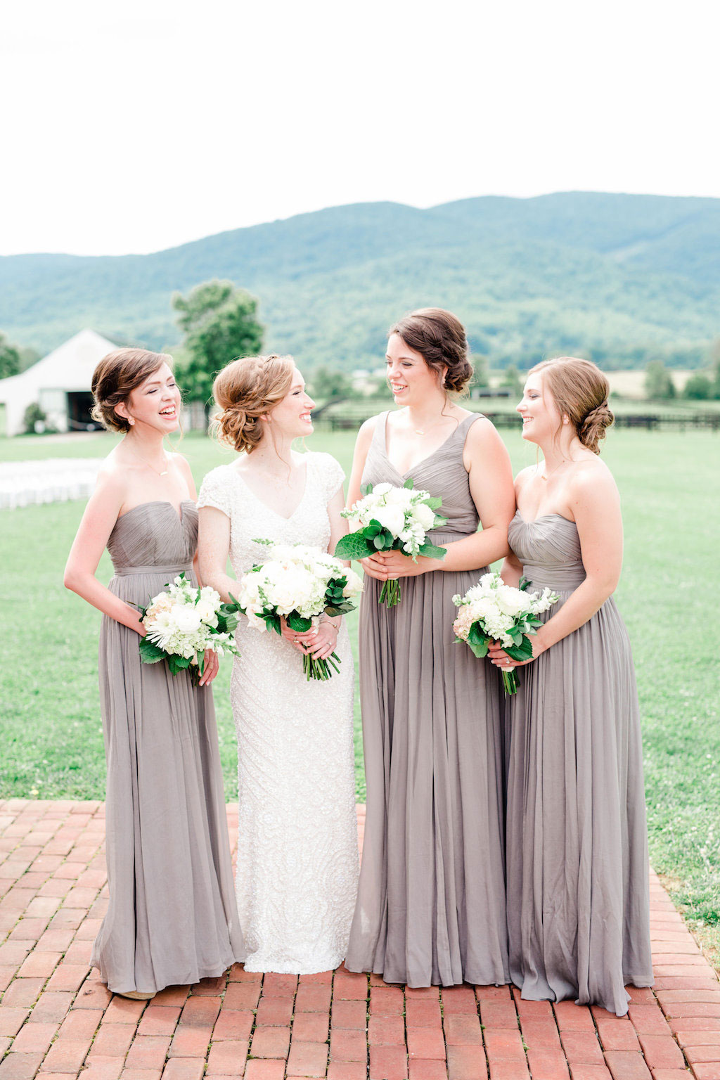 8-16-16-blue-virginia-vineyard-wedding-11