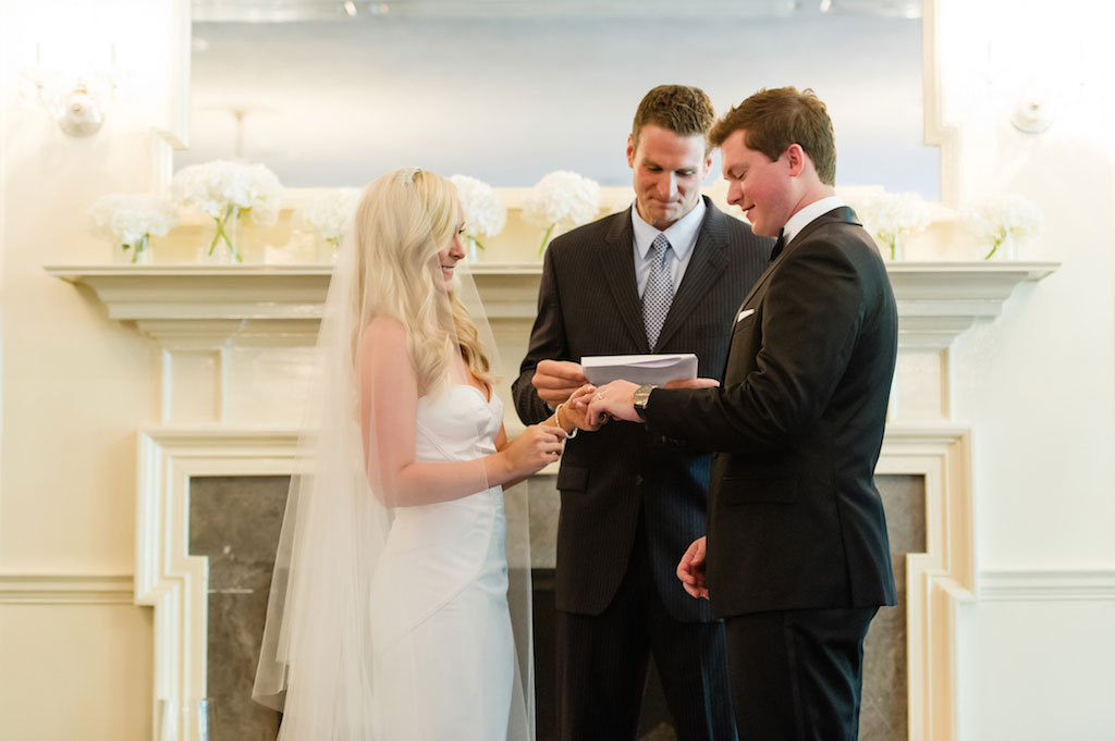 8-17-16-gold-eastern-shore-maryland-tidewater-inn-wedding-9