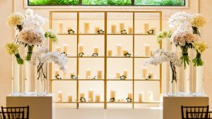 What's Cooler: This Wedding's Candle Decor or the Epic Raw Bar?