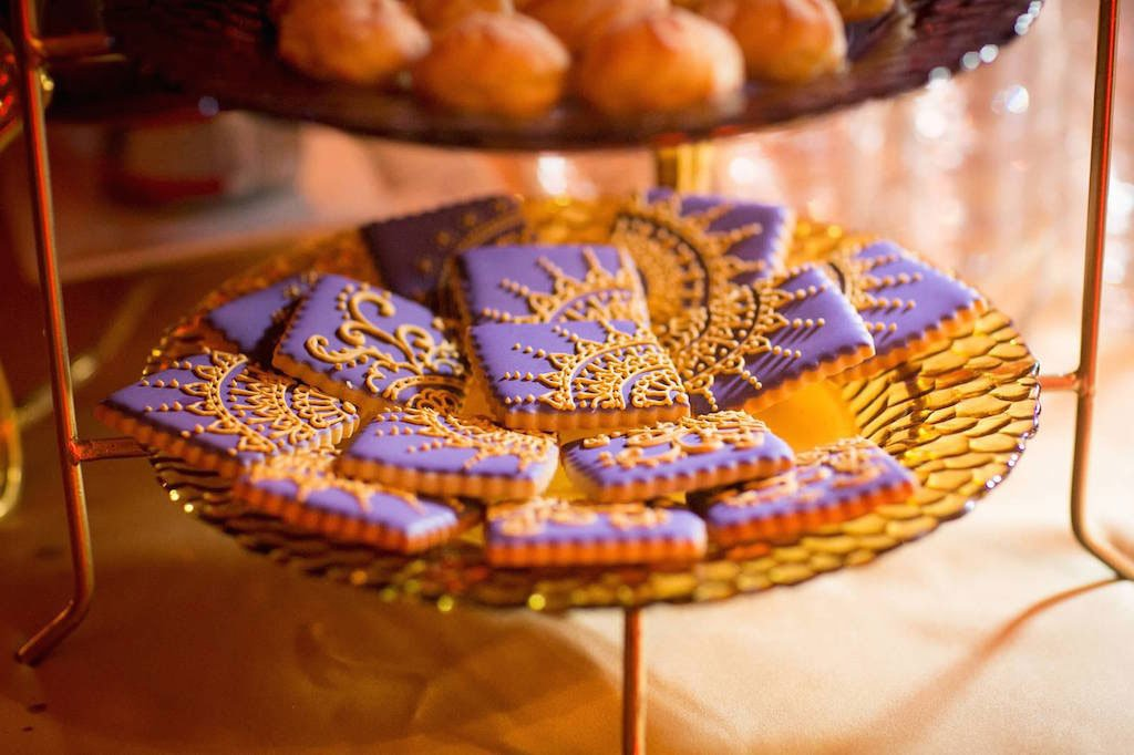 8-24-16-purple-gold-mellon-auditorium-washington-dc-wedding-20