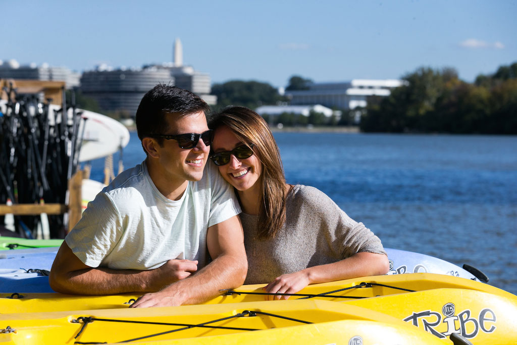 8-5-16-georgetown-waterfront-engagement-session-paddleboarding-3