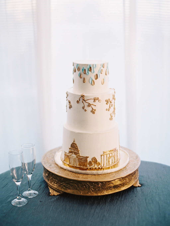 8-8-16-cake-blue-sequoia-wedding