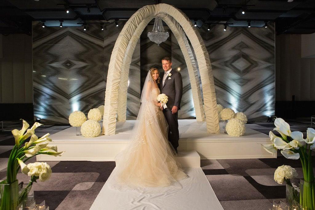 8-8-16-watergate-hotel-wedding-pink-white-grey-12