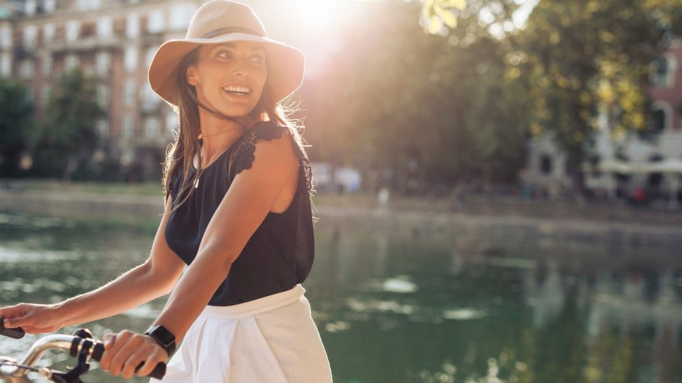 How to Care for Your Damaged Skin After a Long, Fun Summer in the Sun