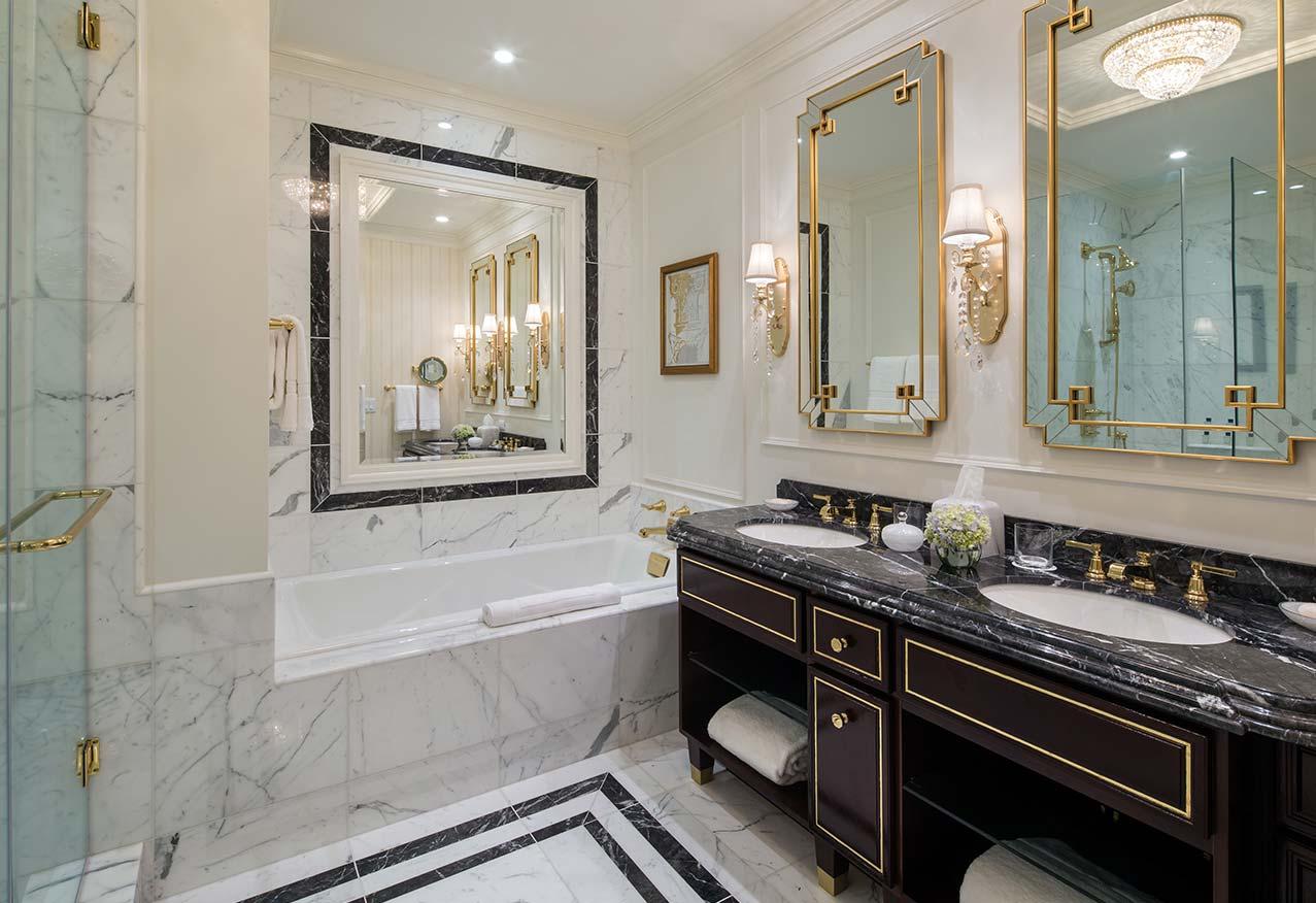 bathroom-trumphoteldc