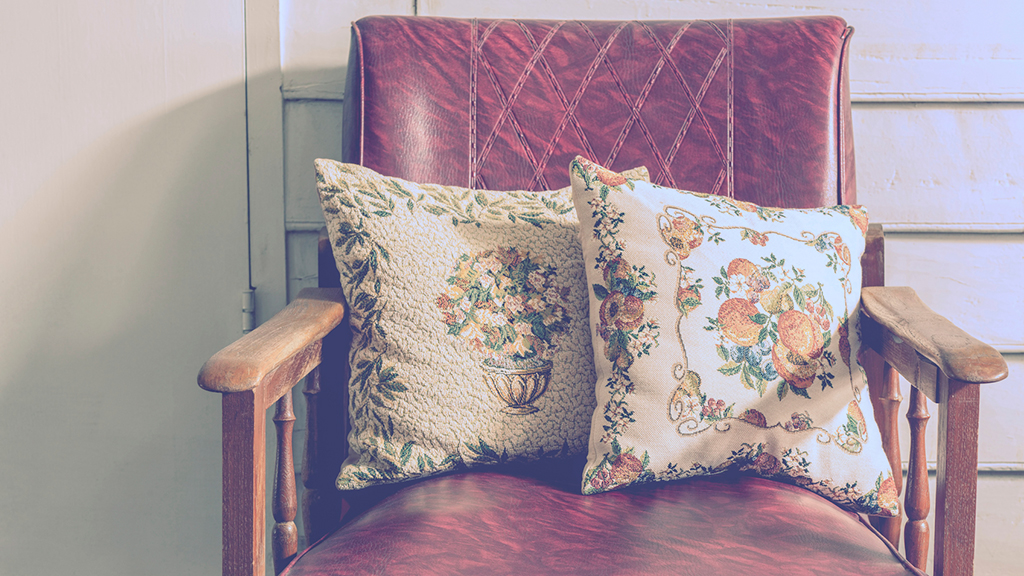 13 Places To Shop For Vintage Furniture In Washington