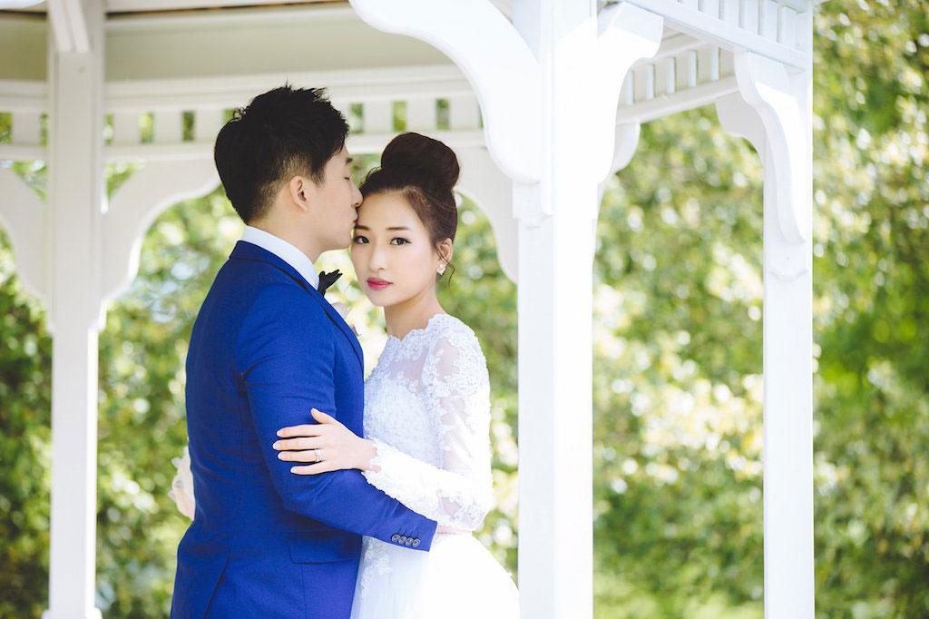 9-14-16-garden-wedding-mrs-k-toll-house-purple-4
