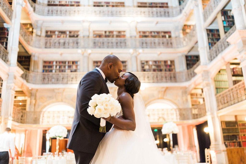 9-29-16-peabody-glam-blush-pink-wedding-13
