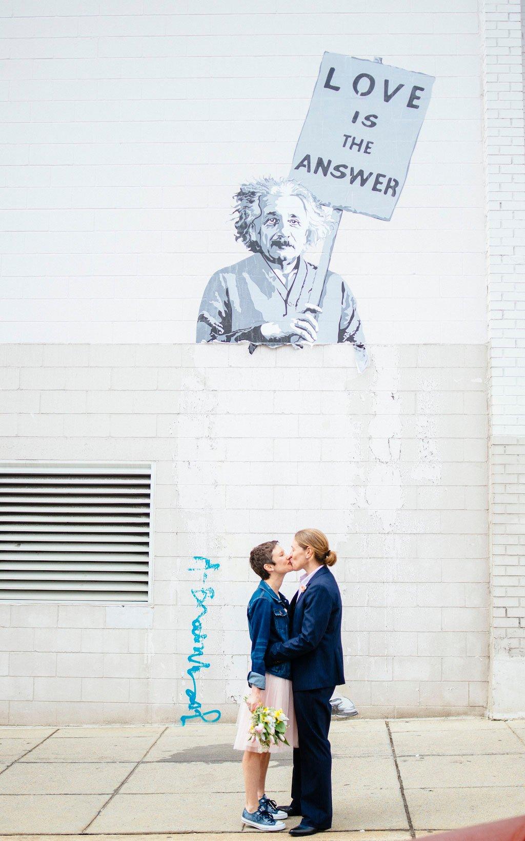 9-9-16-pop-up-wedding-union-market-murals-13