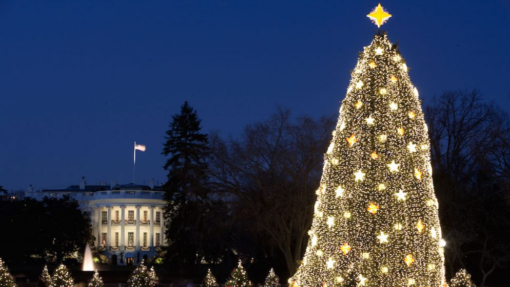 Chance the Rapper and Kelly Clarkson Are Playing at the National Christmas Tree Lighting
