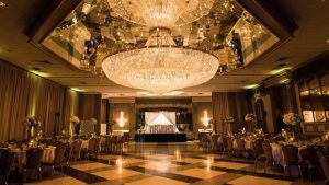 The Chandelier at This Maryland Wedding Venue is All You Need for a Seriously Glam Reception
