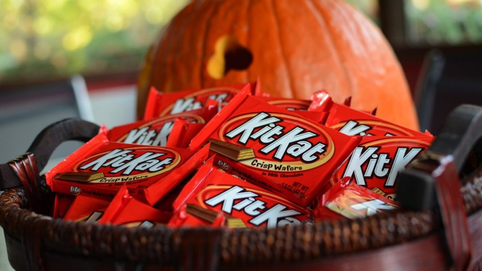 dcs top 10 halloween candies are basically all chocolate because sanity will prevail - Top Ten Halloween Candies