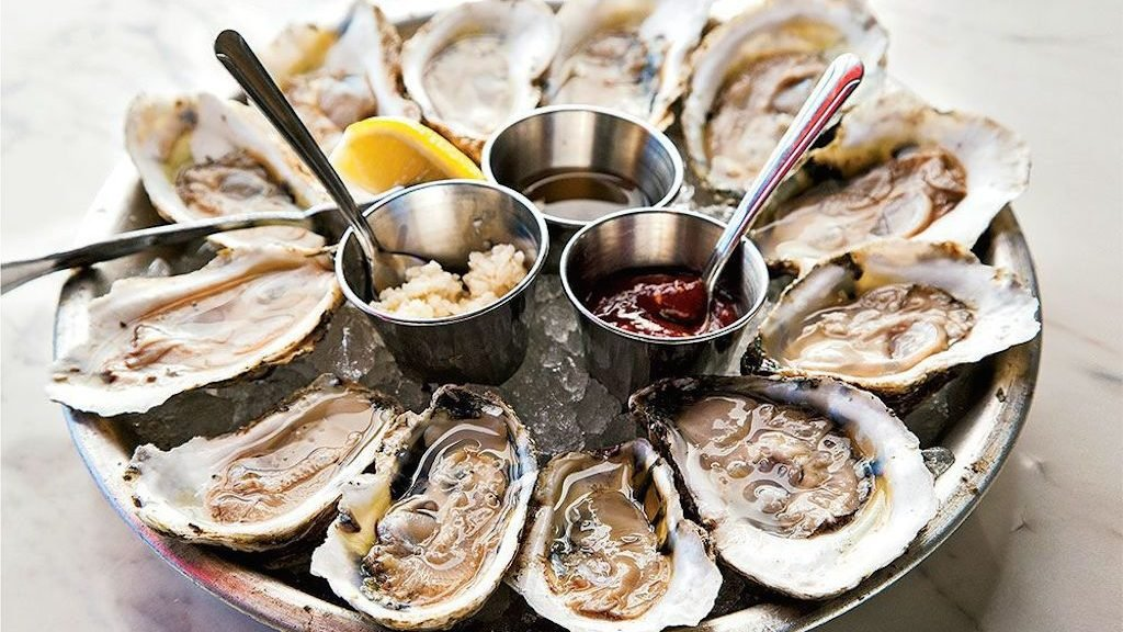best oyster bars in DC, Rappahannock Oyster Bar, Union Market