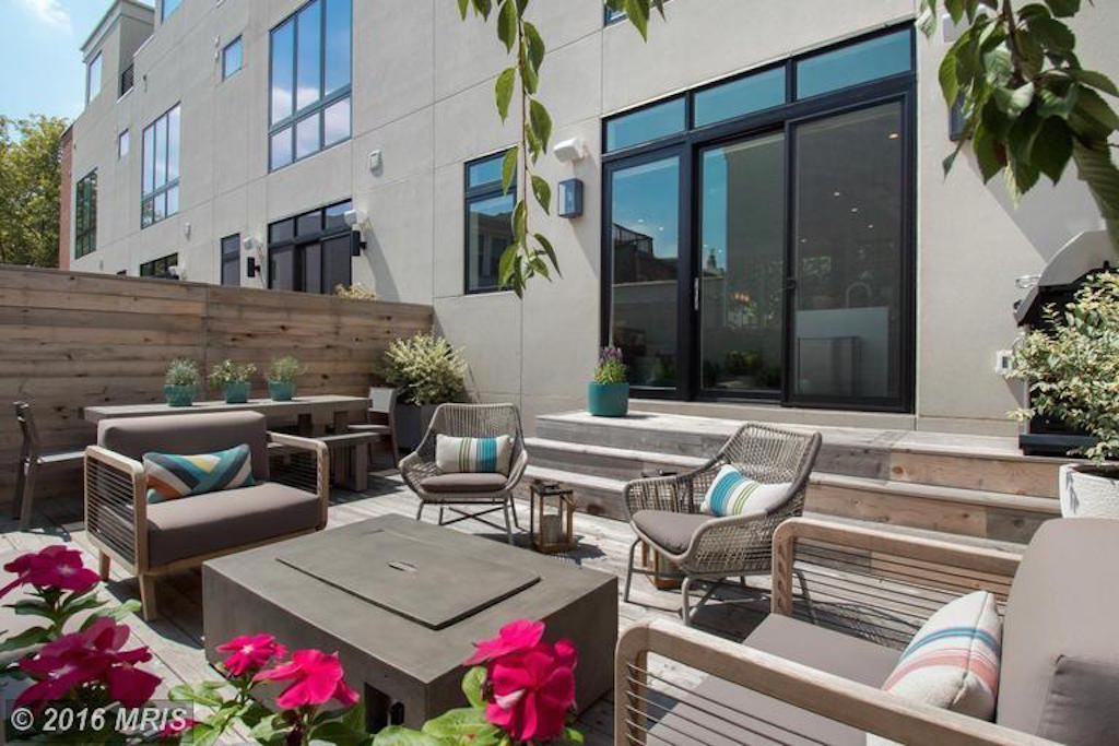ditto_townhouse_patio