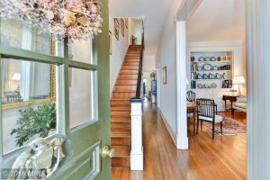 Listing We Love: An Adorable 1830s House in Old Town
