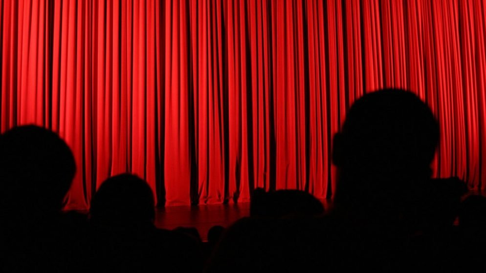"Political Reporters: Stop Using ""Theater Criticism"" as an Insult"